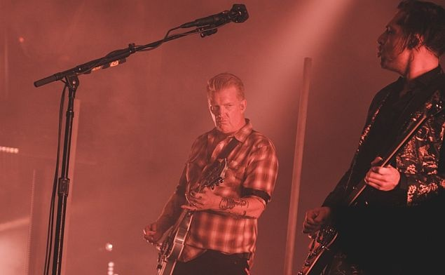 Dosyta se nažrat (Queens of the Stone Age)