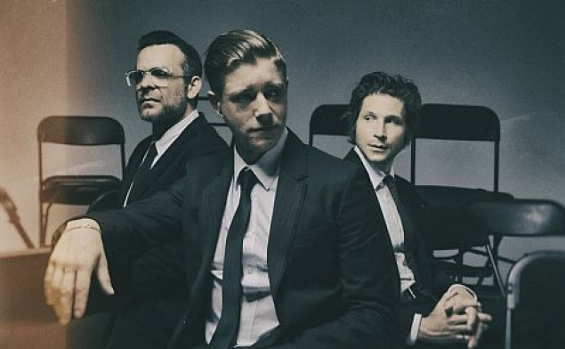 Interpol: 2x1